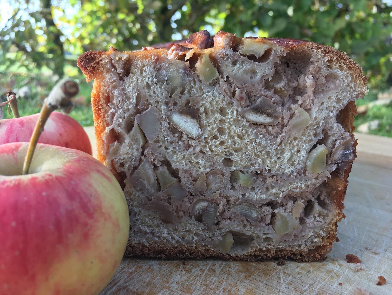 Apfel-Maronen-Striezel
