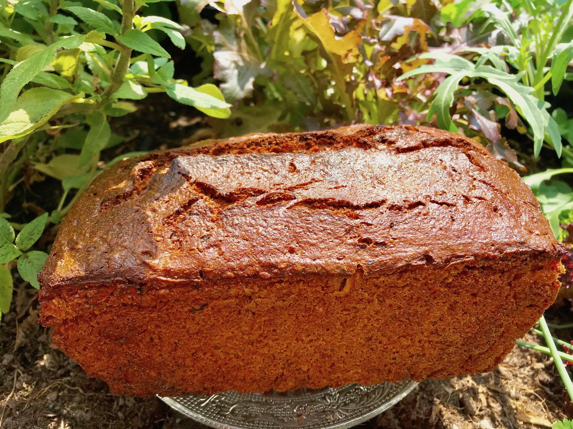 Einkorn-Zucchini-Hanf-Brot