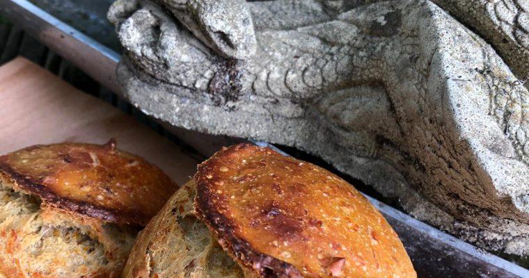 Karotte-Walnuss-Brötchen