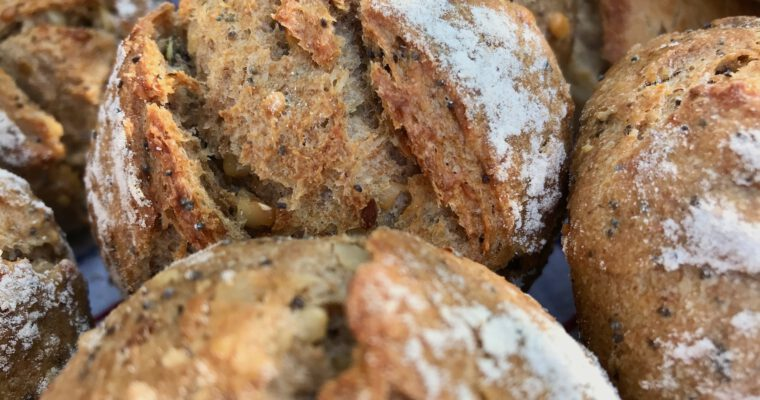 Projekt Brötchentüte: Joghurt-Saaten-Brötchen